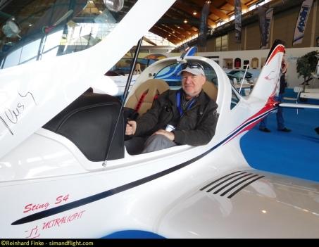 Flight Reporter